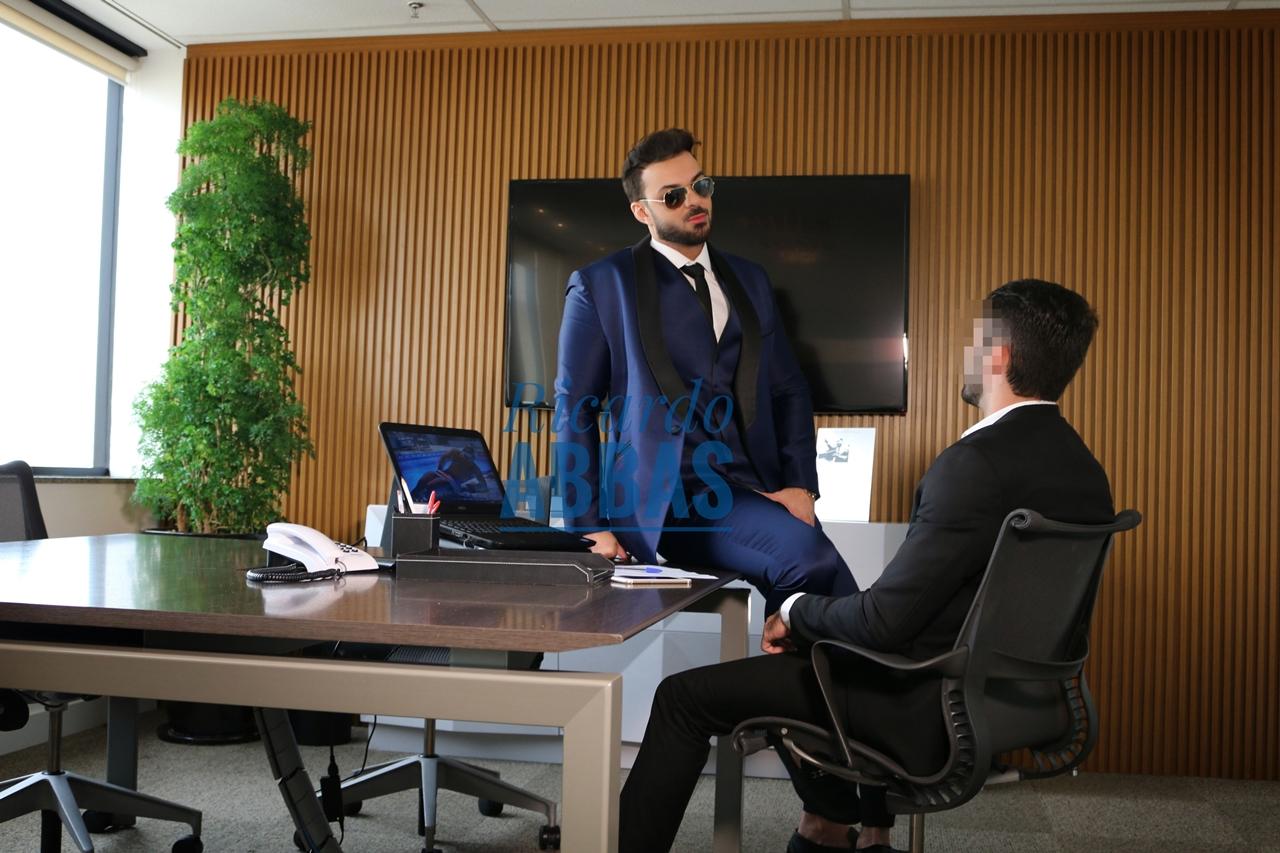 Ricardo Abbas - O executivo casado - 3