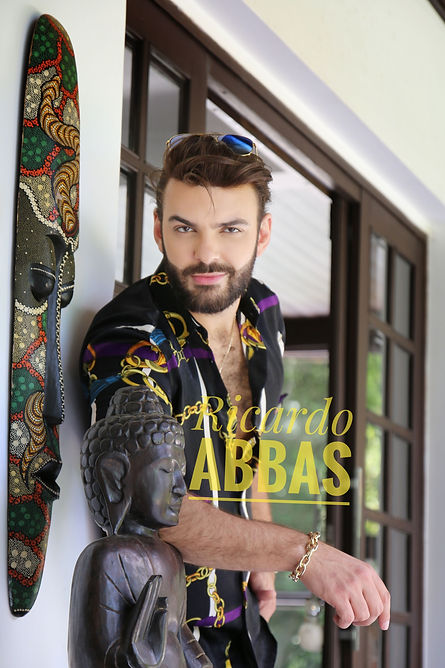 06-RicardoAbbas-Versace.jpeg