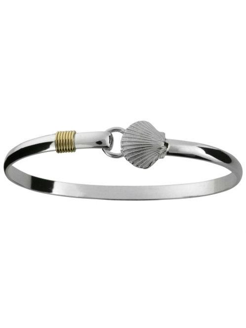 Scallop Hook Bracelet