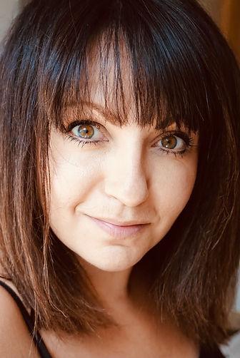 Joanne King Headshot.jpg