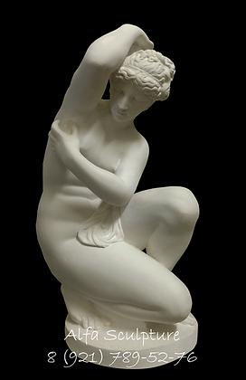 Венера на корточках 30см (интерьерная статуэтка)