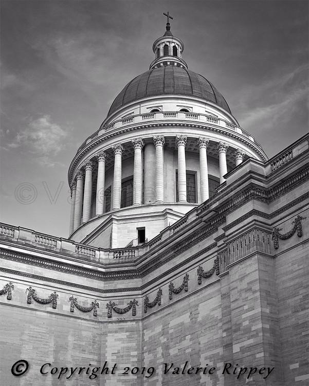Pantheon closeup.jpg