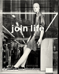 VRippey Join Life Male Mannequin small.j