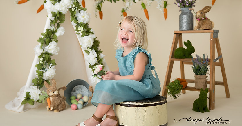 Toddler in Easter Mini Studio Set