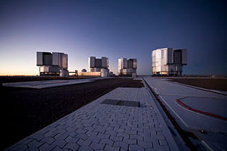Paranal_Platform_After_Sunset_(ESO).jpg