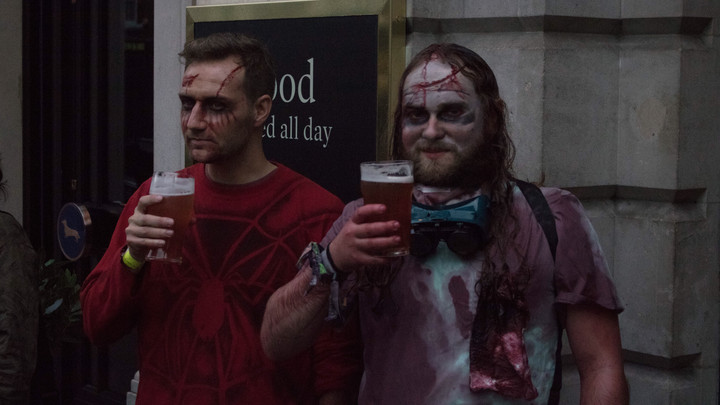 Students enjoy a dead good time in London