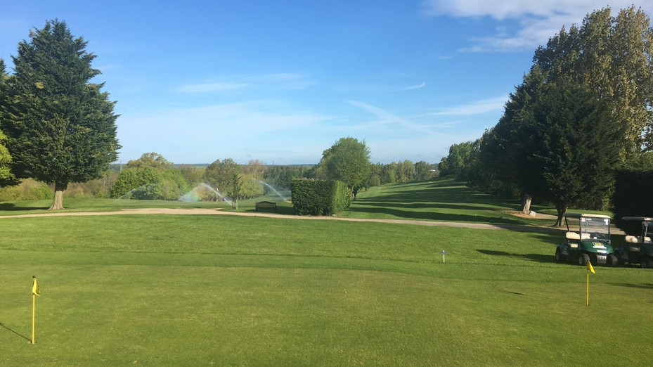Hillingdon Council announces reopening of golf courses