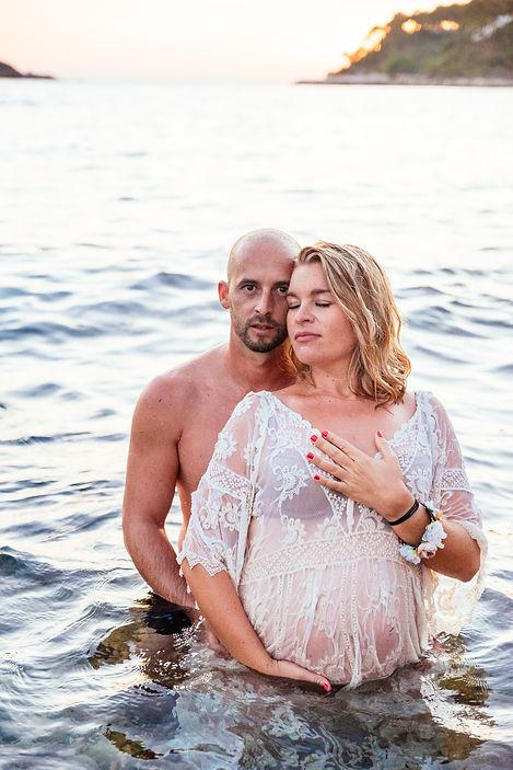 Photographe grossesse vaison la romaine