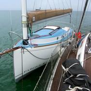 Franc-bord avant à couple d'un voilier de 14m