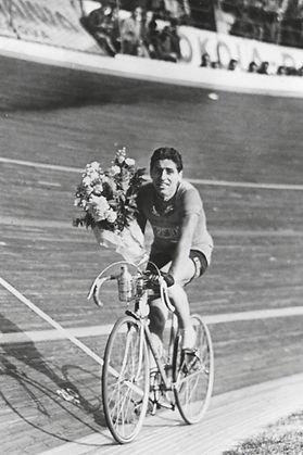 1938 Giro di Lombardia giro d'onore.jpg