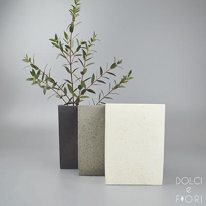 0462 ваза бетонная