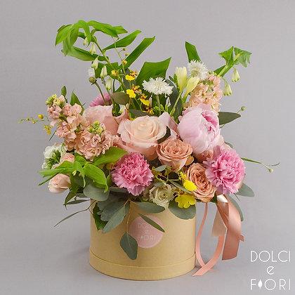 0556 коробка с цветами