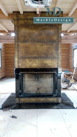 Каминный портал Лабрадорит и Медь