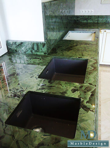Столешница из зеленого кварцита