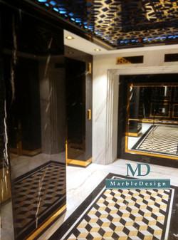 Лифтовой холл отеля Ritz-Carlton