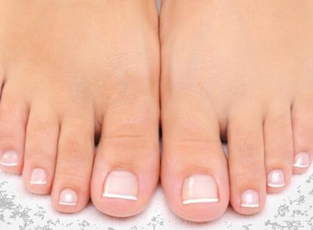 O que as unhas dos pés falam sobre nossa saúde física e emocional