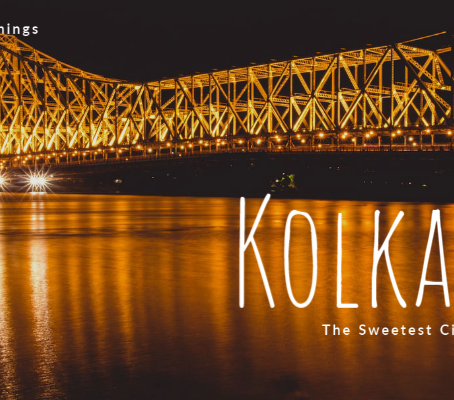 How is the city Kolkata for its tourists?