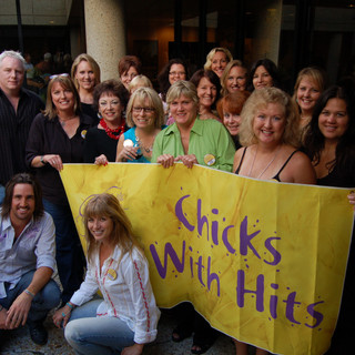 Janie is a member of the Chicks With Hits – all female songplugging group. Here they meet with Jake Owen and producer Jimmy Ritchey
