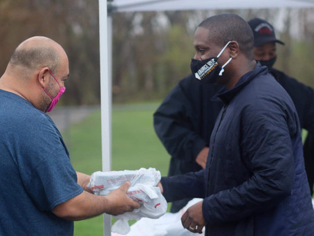 Rep. Maurice West, Northwest Community Center host food giveaway