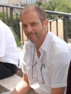Dr. Lior Perelmutter