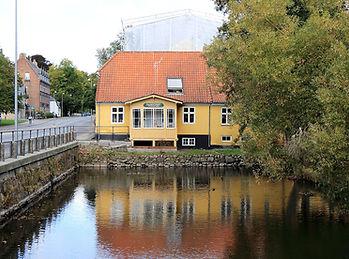 damhuset_fra_dam_side01.jpg