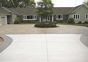 concrete-driveway-installation-battle-cr