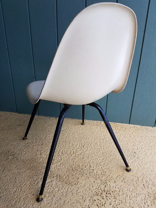 Chromcraft Represents Fine Design And Outstanding Durability, As This  Fiberglass Shell Chair Exemplifies. Off White Fiberglass Shell Is Free Of  Cracks And ...