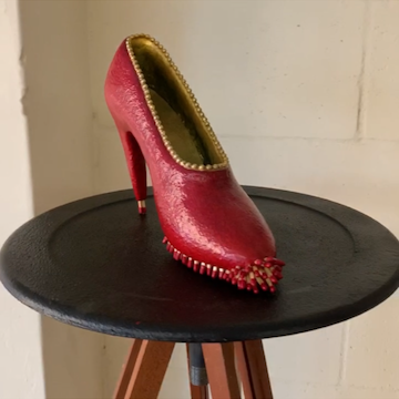 Rose Sellery - Vintage Tripod for Hot Foot