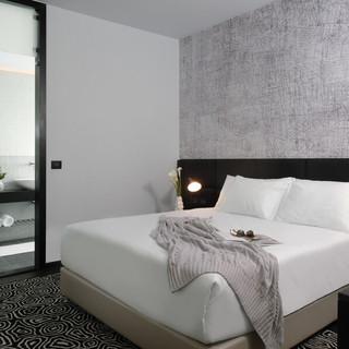 NYX-her-executive-room-1-72-dpi.jpg