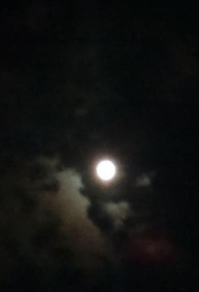 0927月に叢雲1.jpg