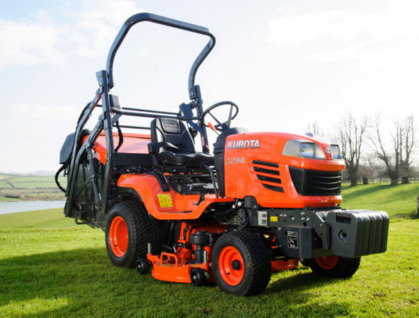 "Kubota G23-II 48"" / 122 cm Tractor Lawnmower - High Dump"