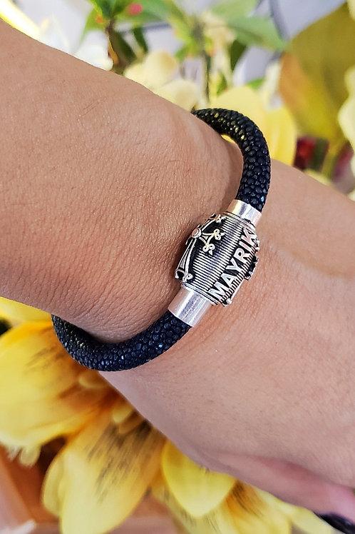 #1334 - Mayrik Cross Sterling Silver Sting Ray Magnet Bracelet