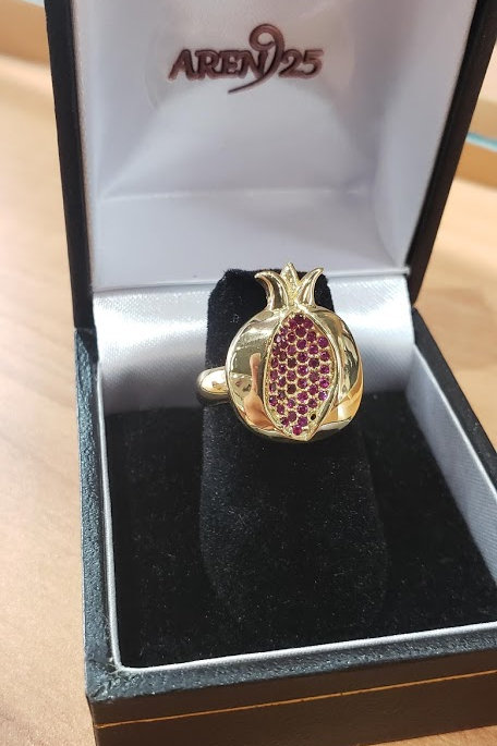 Pomegranate Ring with Garnet Gem Stones