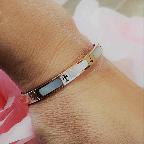 #1376 - Faith, Hope, Love 14K Bangle Bracelet