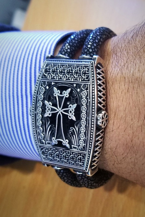 Large Aren Sterling Silver Khachkar Stingray Bracelet with Magnetic Clasp