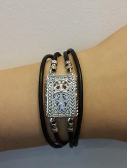 http://www.khachkarjewelry.com/#!pro