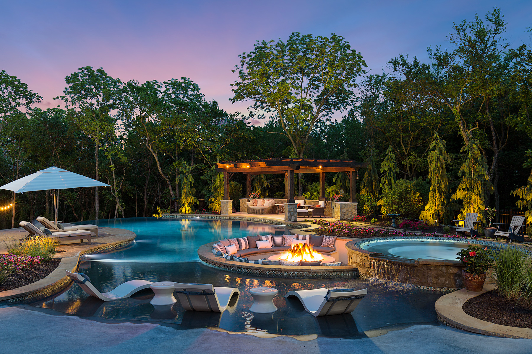 Shawnee Backyard Oasis