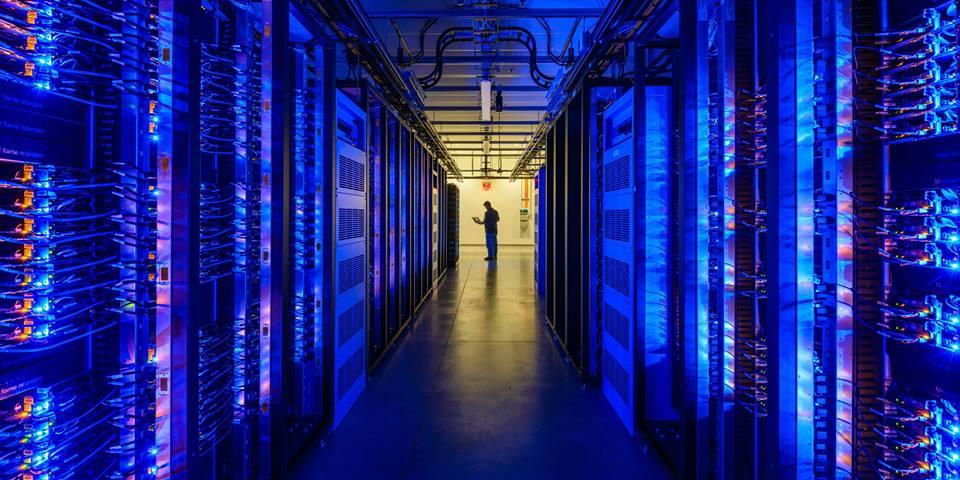 Data-Center-Facebook-Prineville