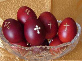 Tasting Table Jumps on Greek Easter