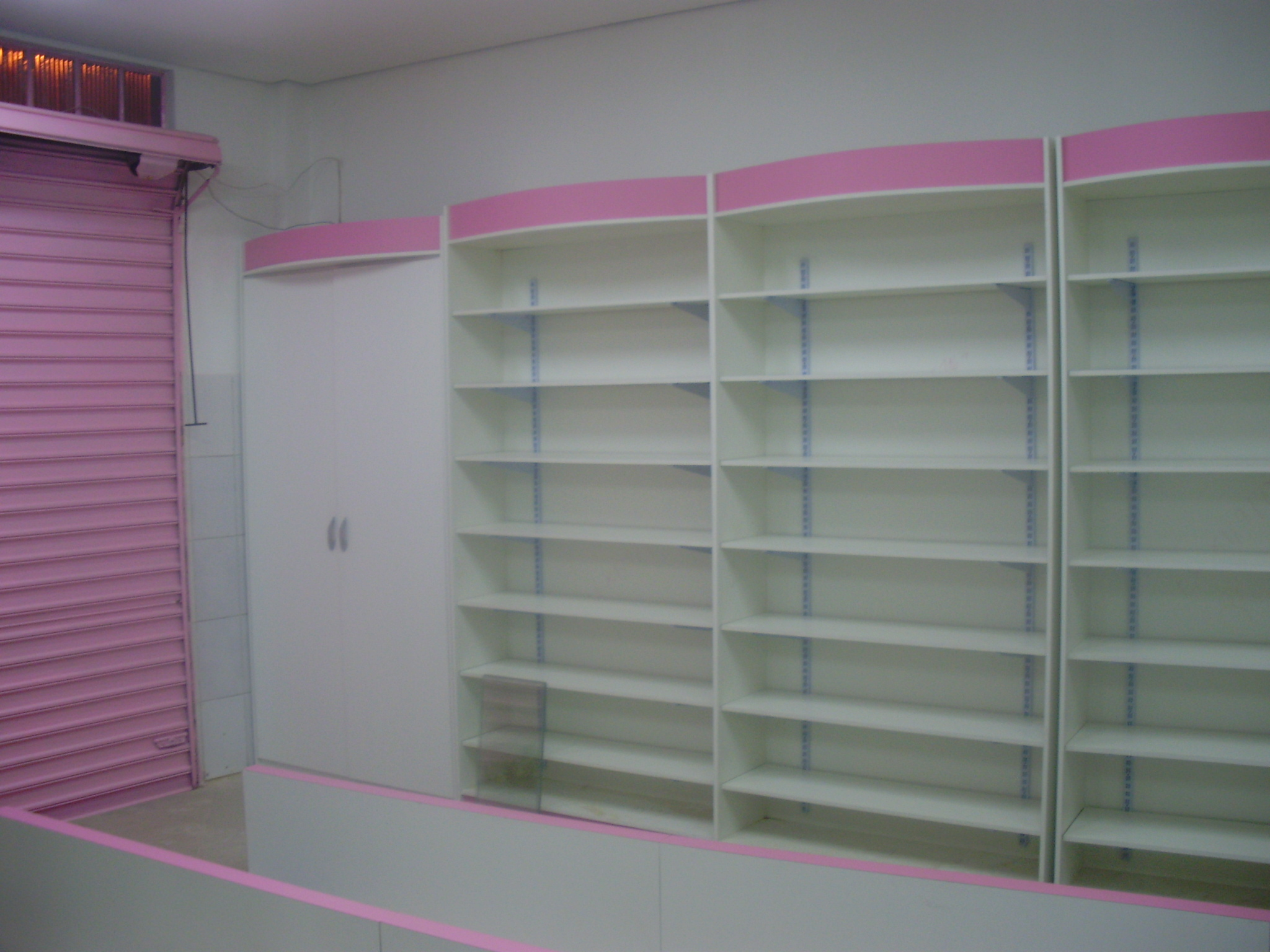 armario madeira lilas II
