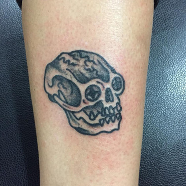 Skull horror black and grey tattoo