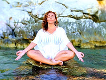 donna meditate_.jpg