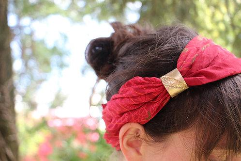 le ferme foulard Khrusos