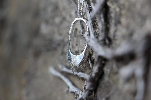 le collier Stilla