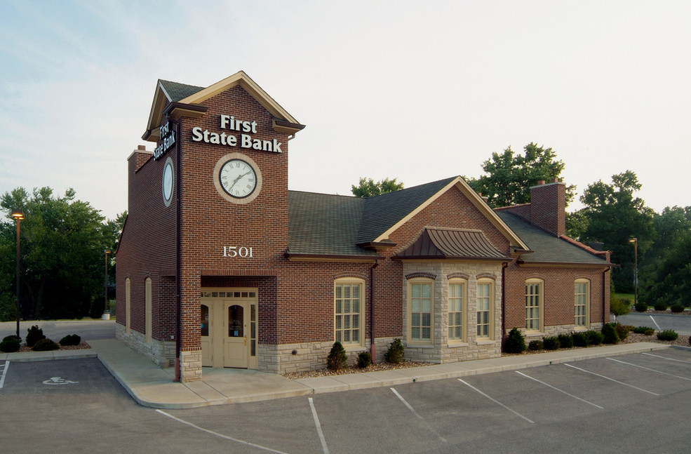 First State Bank of St. Charles, Hwy. 94