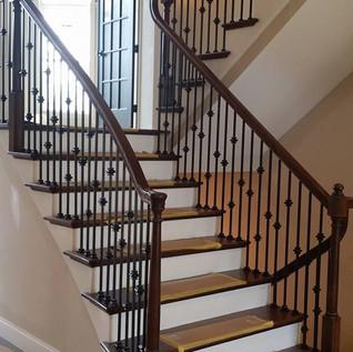 rod iron landing staircase
