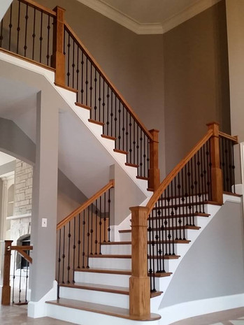 Staircase with landing