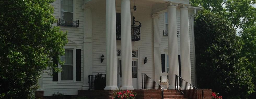 Spring - Hudson Manor