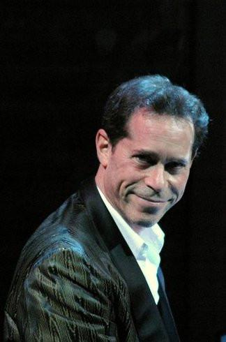 Ian Herman     (Pianist)