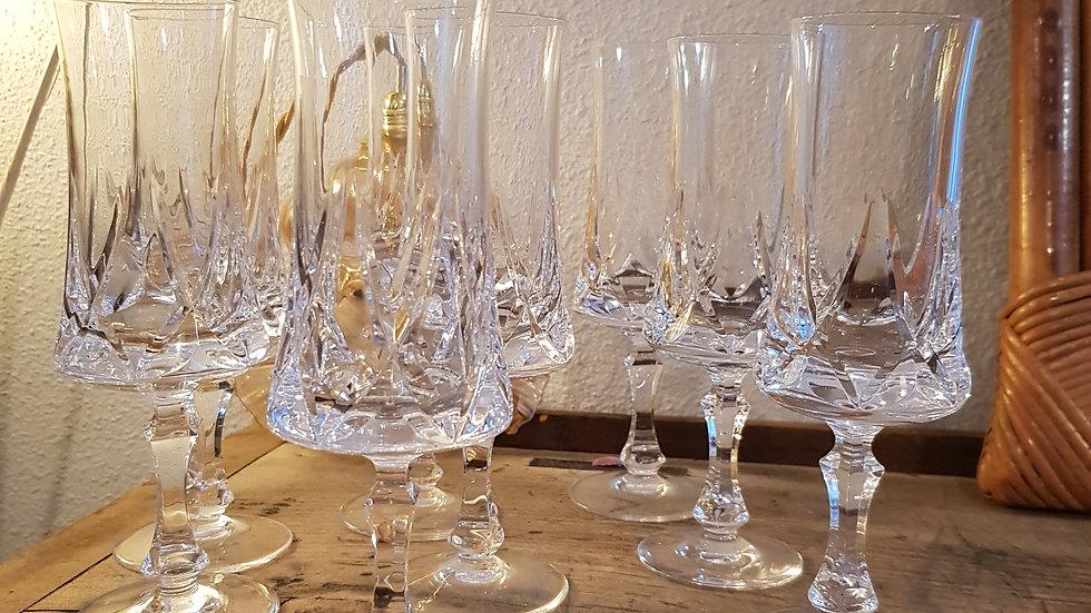 8 flûtes a champagne verre ciselé